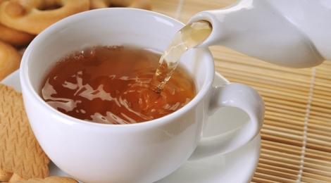 Пейте черный чай при грудном вскармливании